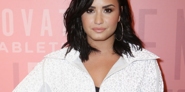 WOODLAND HILLS, CA - MAY 18:  Demi Lovato attends the Demi Lovato visits Fabletics at The Village at Westfield Topanga on May 18, 2018 in Woodland Hills, California.  (Photo by Ari Perilstein/Getty Images for Fabletics)